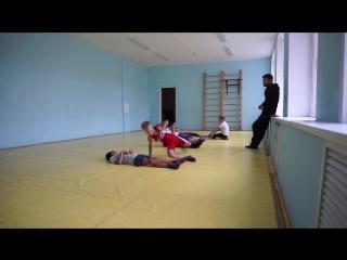 Отжимания на тренировке по ГРБ (греко римской борьбе) Тольятти