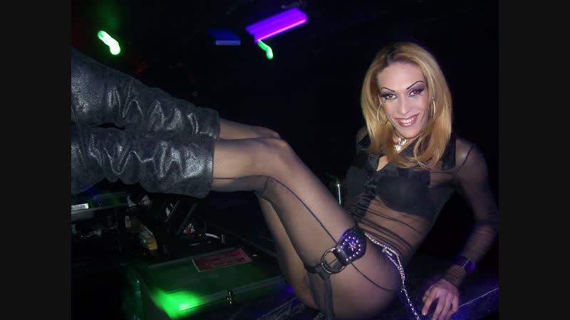 Miss Pig tem show com a diva Mikal Brithman e DJ Allan Natal - www.fervecao.com