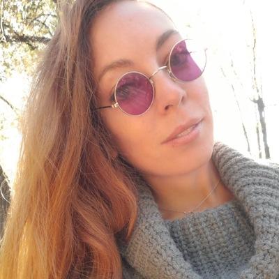 Анна Погарцева