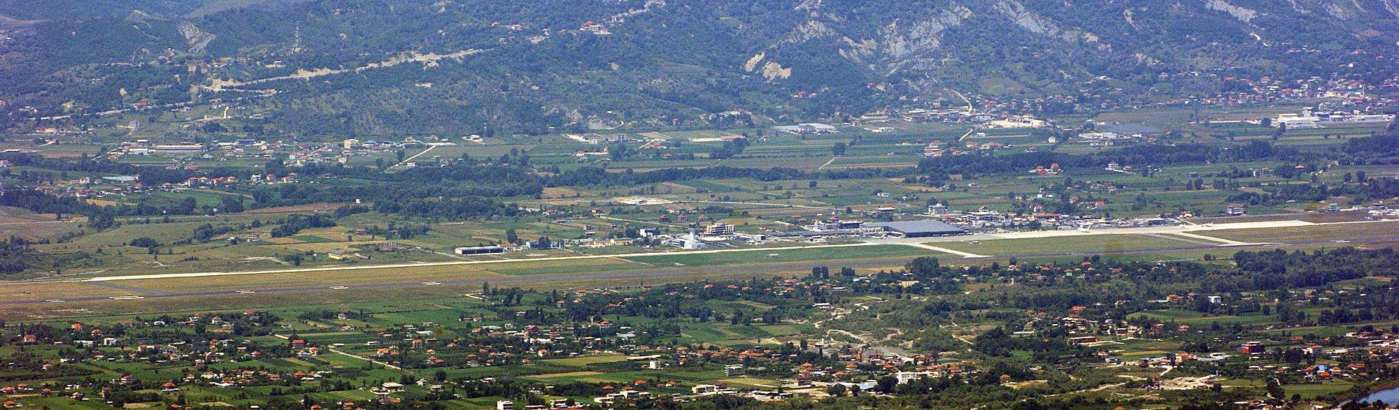 Тирана: вид с высоты птичьего полета