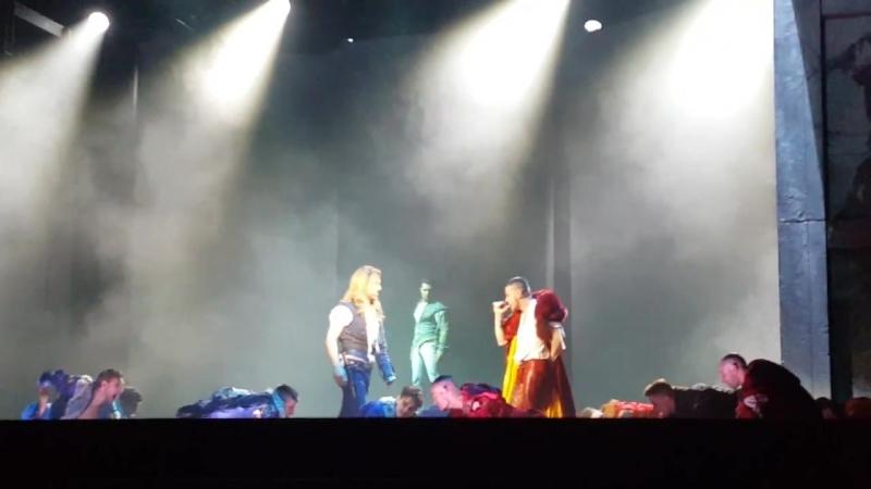 Il duello - La Follia- Morte di Mercuzio Romeo e Giulietta Ama e cambia il mondo