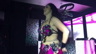 ALLA AZIZA BELLY DANCER IN CAIRO 2018 ??????أللا عزيزة رقص شرقي أطاوع م&#15