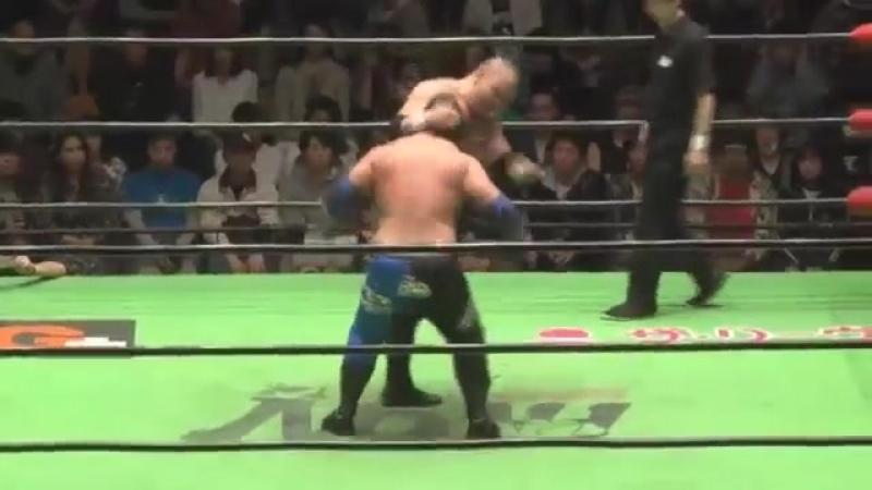 Mohammed Yone Quiet Storm vs Cody Hall KAZMA SAKAMOTO NOAH Global Tag League 2018 Day 5