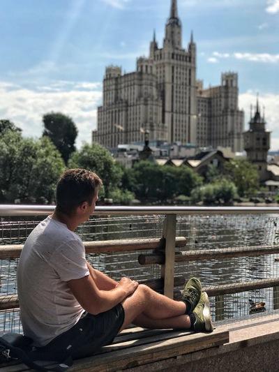 Антон Дудников
