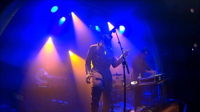 Eric Moung - Run It (live Les Etoiles Paris)