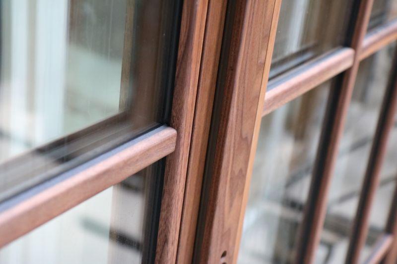 Деревянные и дерево-алюминиевые окна от фабрики Doleta 1
