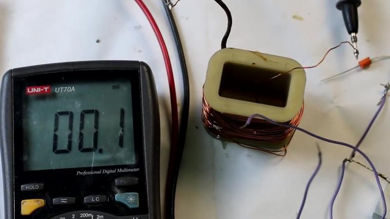 [Андрей Тиртха] 13 летний мальчик изобрел вечный двигатель, все в шоке! Проверяем на практике.