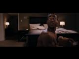 Малкольм проводит инструктаж по сексу - Дом с паранормальными явлениями (2013) - Момент из фильма