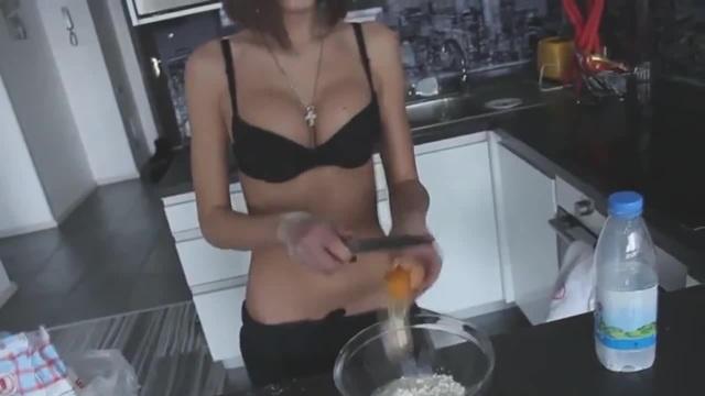 Сексуальный поварёнок c lakinsk coub