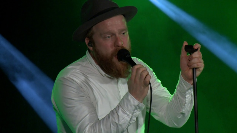Alex Clare - Treading water - Live in Budapest