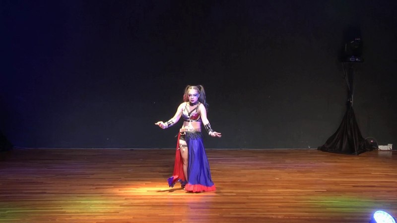 Judge show Do Thi Hong Hanh Viet Nam Malaysia World Oriental Dance Art