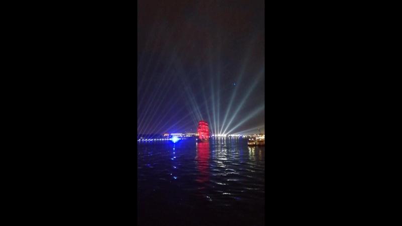 2018-06-21 Развод мостов и репетиция Алых Парусов