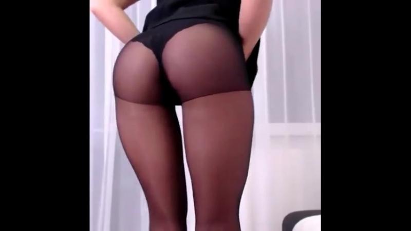 PANTYHOSE EXTASY 152 [ ножки, колготки, чулки, черные, капроновые, секси, попка, трусики, девушка, 2018, Full HD, фут, фетиш ]