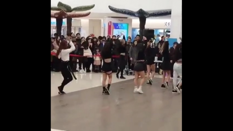 180210 Busking Event Fly High