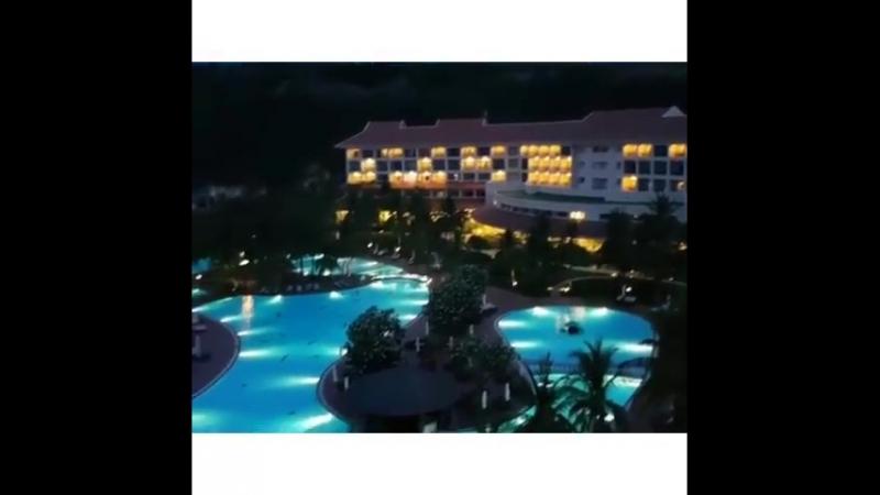 Тем временем во Вьетнаме стемнело и наступила ночная благодать. Доброй ночи друзья, доброй ночи нашим туристам и отличных тёплых