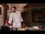 Вместе с пермским шеф-поваром готовим идеальный блин на Масленицу. С икрой!