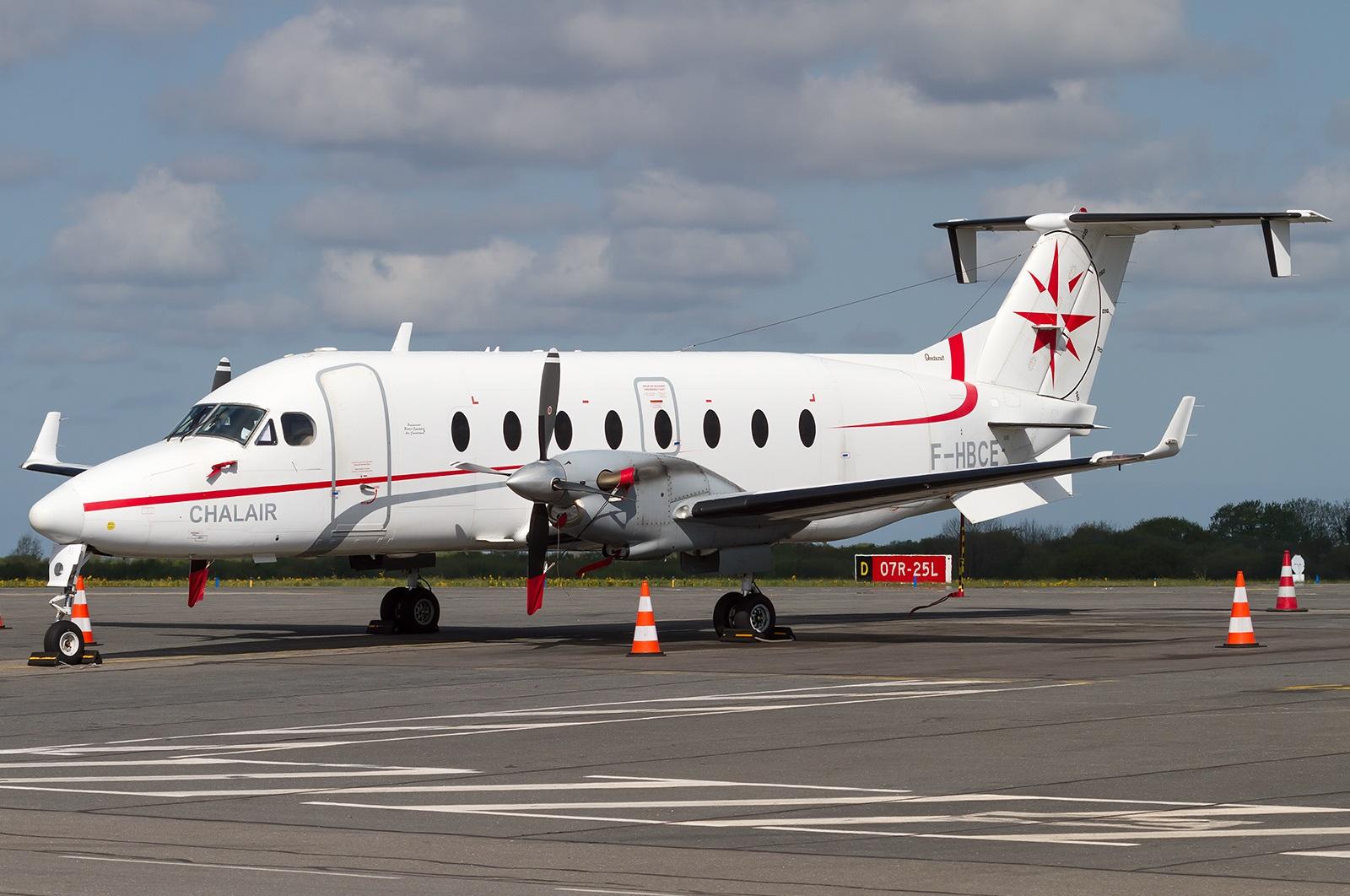 Самолет компании Chalair Aviation на стоянке в аэропорту