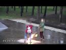 Две малолетние бляди осквернили Вечный огонь ...