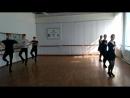 учіли кадриль 9-ку.Укр. танець.