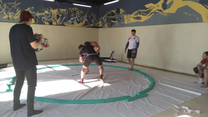 мастер спорта мирового уровня по сумо Батыр Алтыев.