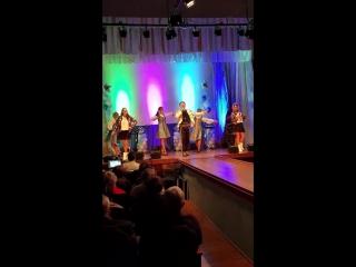 Шарман Балаган и шоу балет Валери Яблоньки (сл.и муз.Д.Суслов)