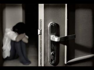 Дмитрий Гревцев - В закрытую дверь (Сплетники)----- песня для одного человека-----