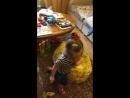 Танцуют все💃💃💃 Деда играет