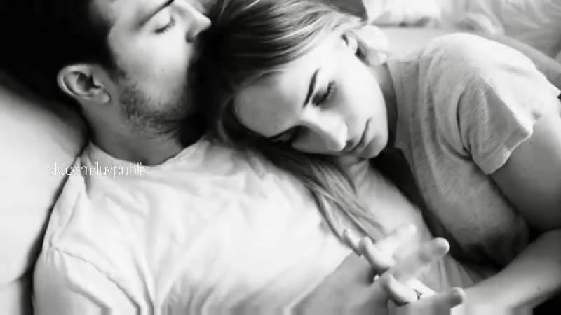 Хочу руками по плечам и пальцы в волосы хочу в объятья по ночам и страсти в голосе Хочу
