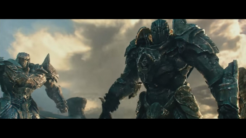 Фрагмент из фильма Трансформеры 5 Последний рыцарь Рыцари Стража собираются убить Оптимуса Прайма