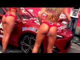 Горячая автомойка Красивые девушки в бикини