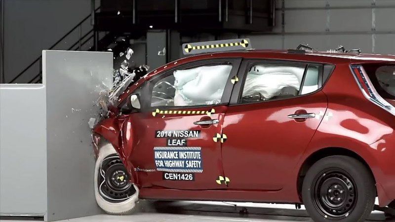 Hard Crash Test for Mazda Chevrolet Nissan Fiat