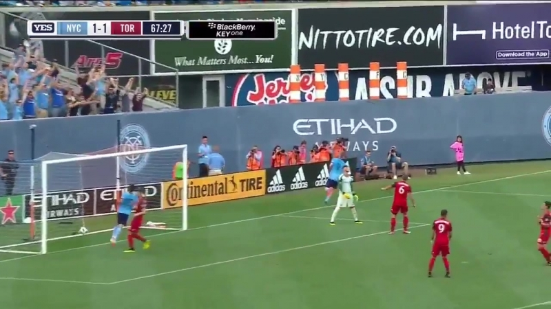 Jo Inge Berget doubles up to give NYCFC the lead!