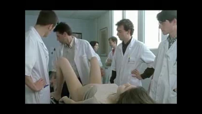 студенты медики на гинекологическом осмотре