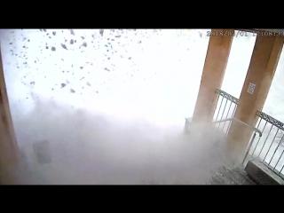 обрушение снега в Видяево