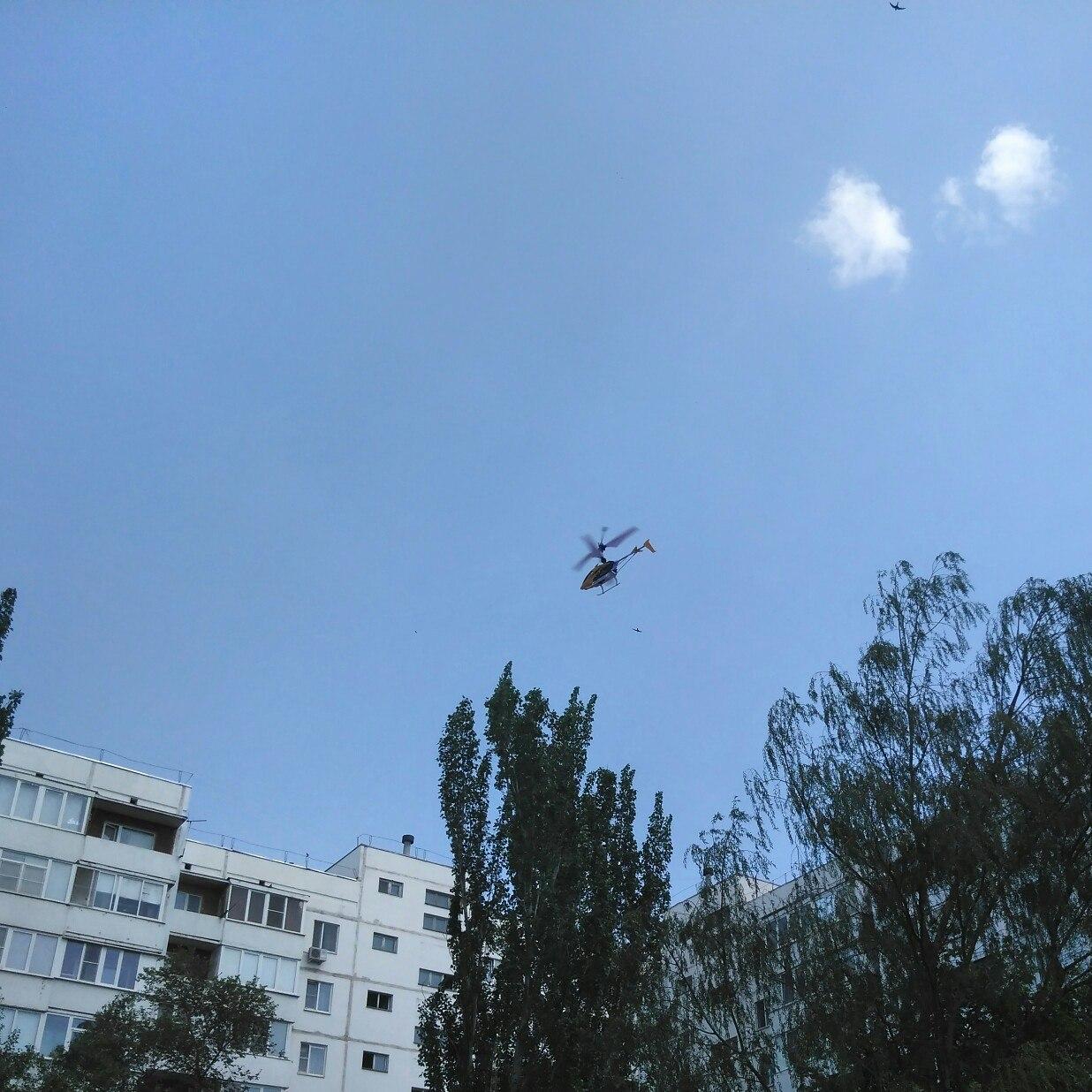 Вертолт на радиоуправлении SYMA W25