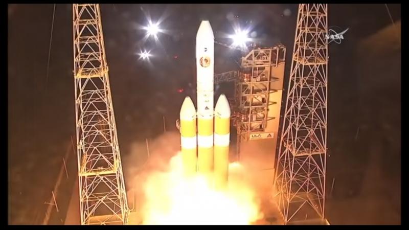 Delta IV Heavy launches NASA's Parker Solar Probe