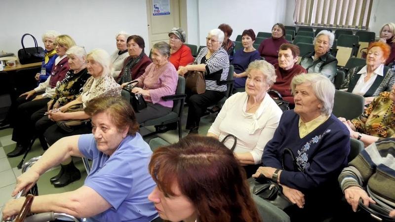 Сибирский центр социального развития общества организовал встречу с людьми военного поколения