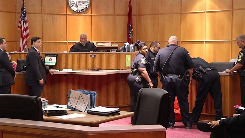 Courtroom fight breaks out in Hamilton County TN courtroom