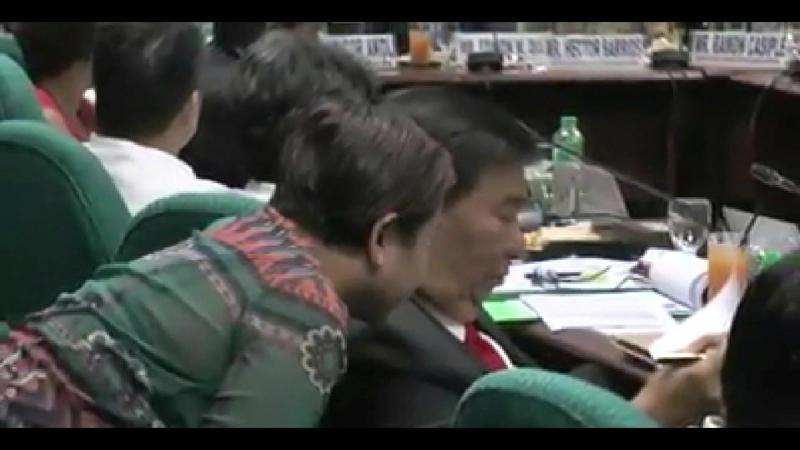 Tinanggal ng Facebook ang original post ng video na ito.