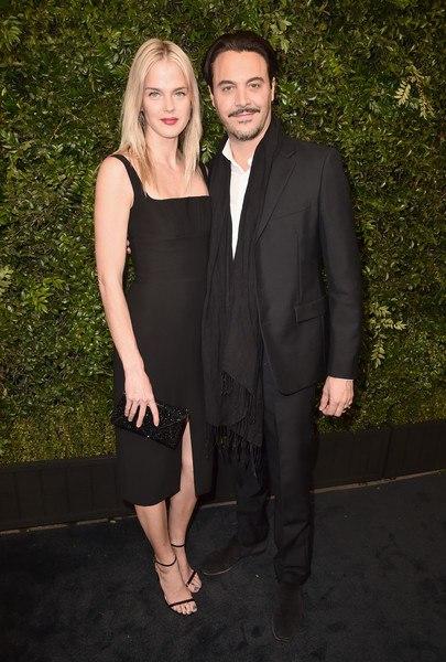 Джейми Дорнан с женой, Эдриан Броуди с русской подругой и другие на вечеринке Chanel