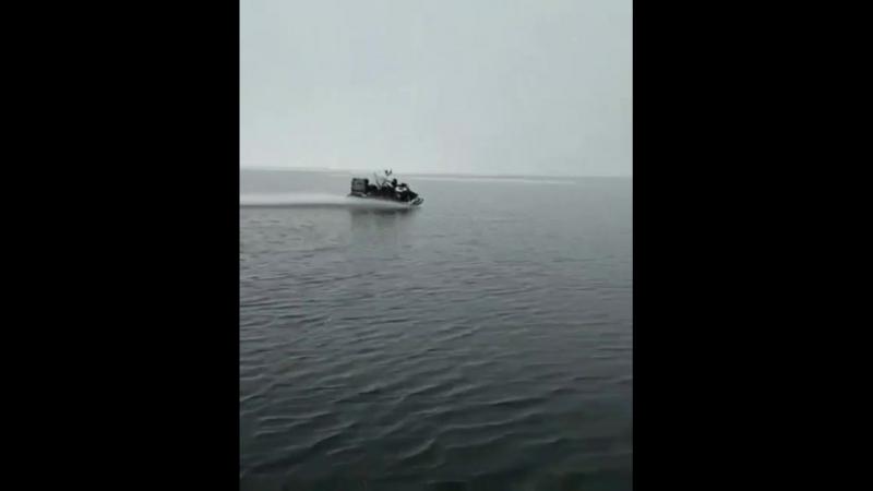 Свидетель 29 Архангельск Я тут на лодке, а люди на снегоходах