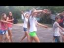 Школьницы Малолетки кричат ЗИГА ЗАГА Украина