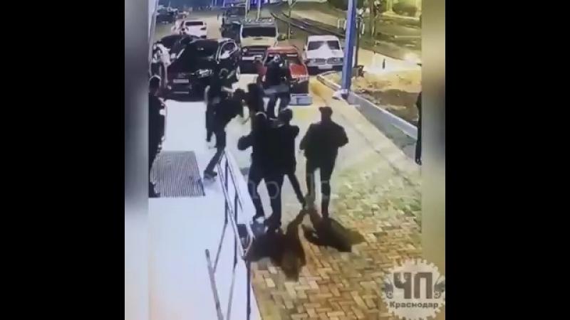 В Туапсе убили парня