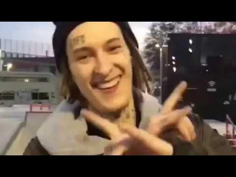 KIZARU катает на скейте в Барселоне