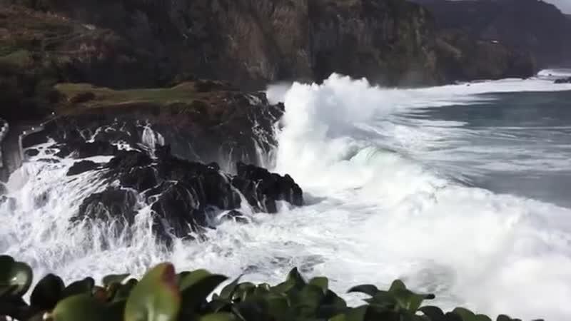 Шторм на северо-восточном побережье острова Флорес (16 ноября 2018 года)