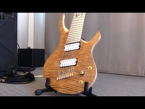 Holy Grail Guitar Show '18 - Skervesen Guitars 4MDB: Tomáš Raclavský Signature Prototype Demo
