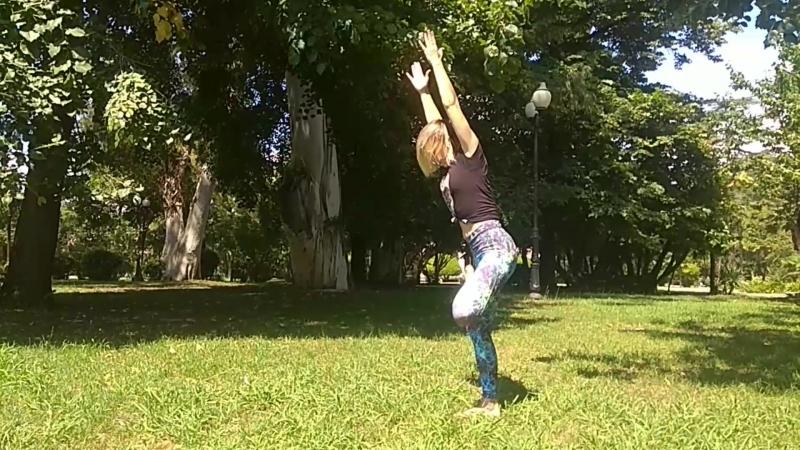 Йога. Занятие на балансы стоя.