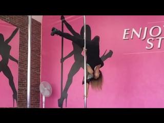 Школа танца и акробатики на пилоне ENJOY