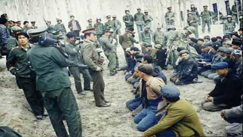 Китай признал существование концлагерей для мусульман-уйгуров