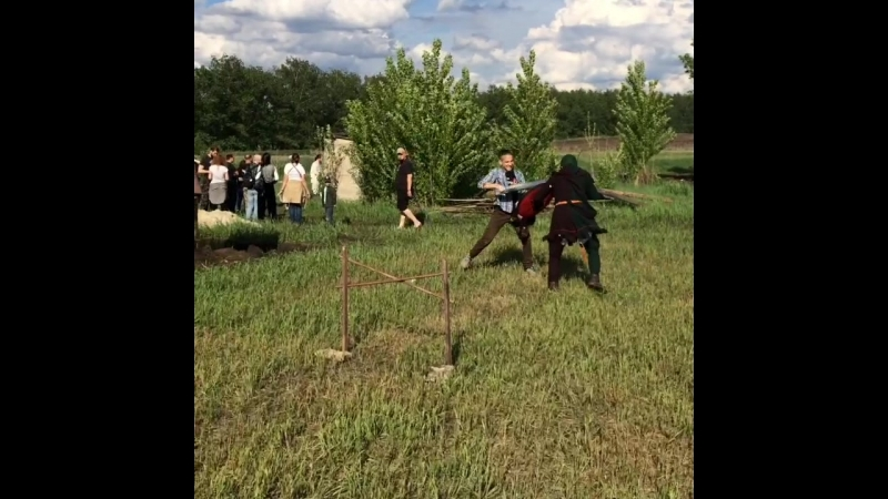 Скачки с лошадкой на палке Рыцарский фестиваль Данбург 2018
